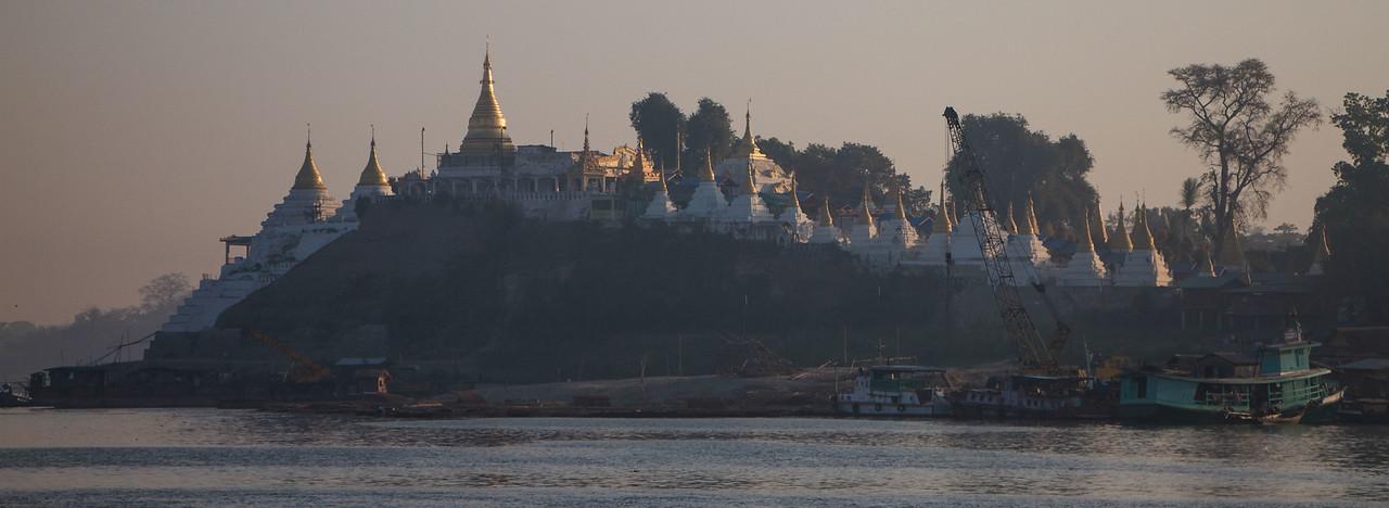 Irrawaddy river pagodas