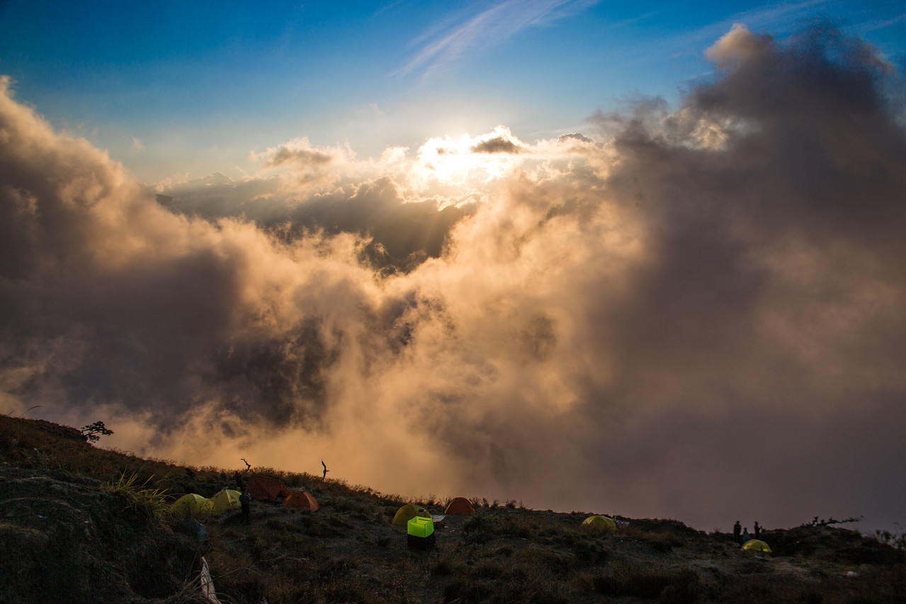 Mount Rinjani trek Sembalun crater rim