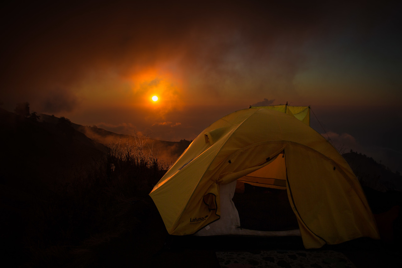 Mount Rinjani trek camp sunset