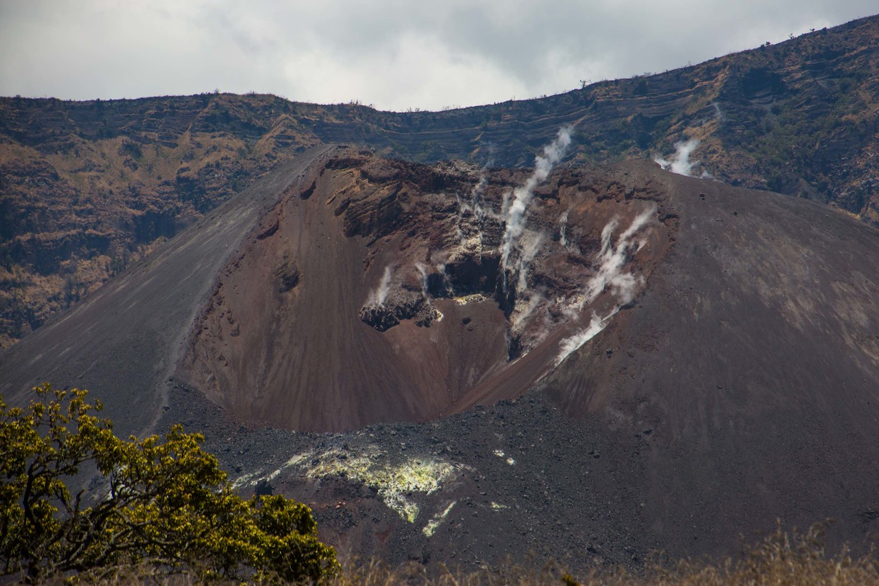 Gunung Barujari in Mount Rinjani