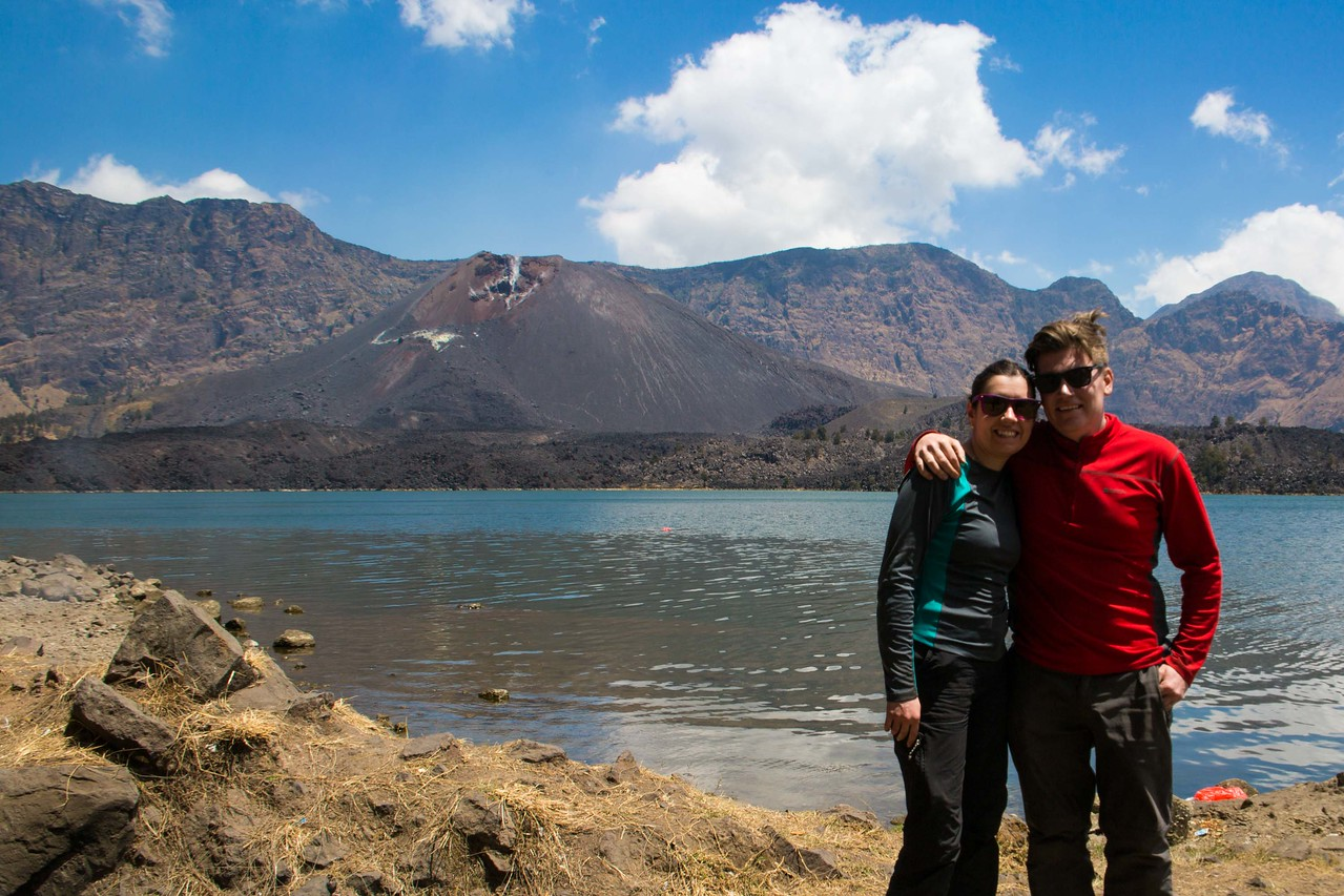 Mount Rinjani trek lake