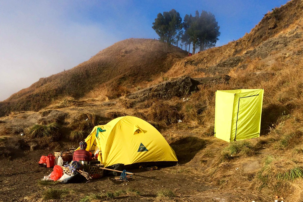 rinjani trekking Camp Night 1