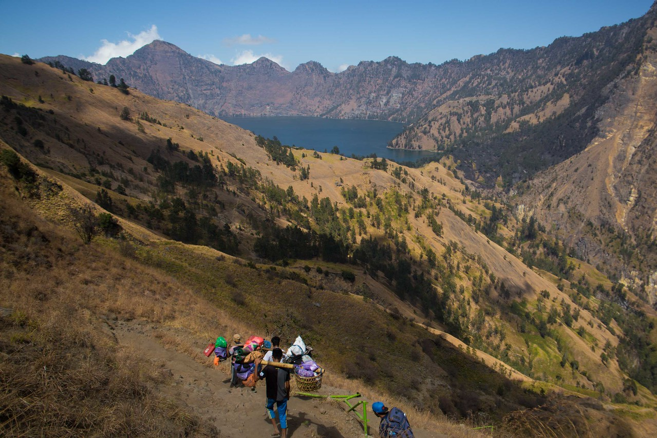 Rinjani trek caldera lake view