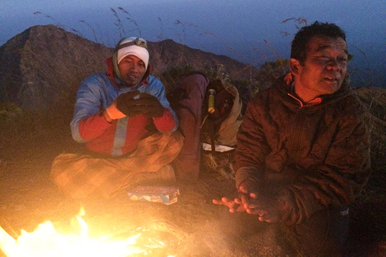 Rinjani trek fire