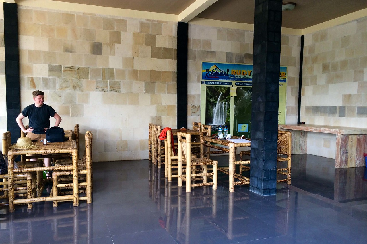 rinjani trekking Rudy Trekker restaurant