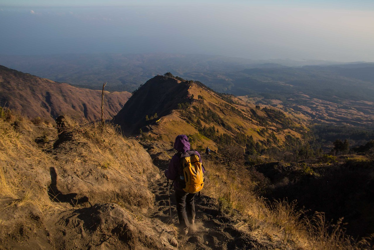 Descending Mount Rinjani