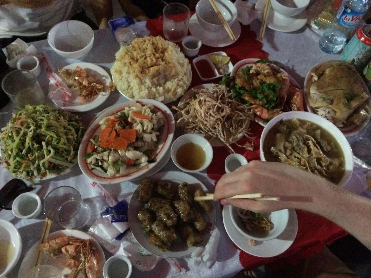 homestay vietnam food