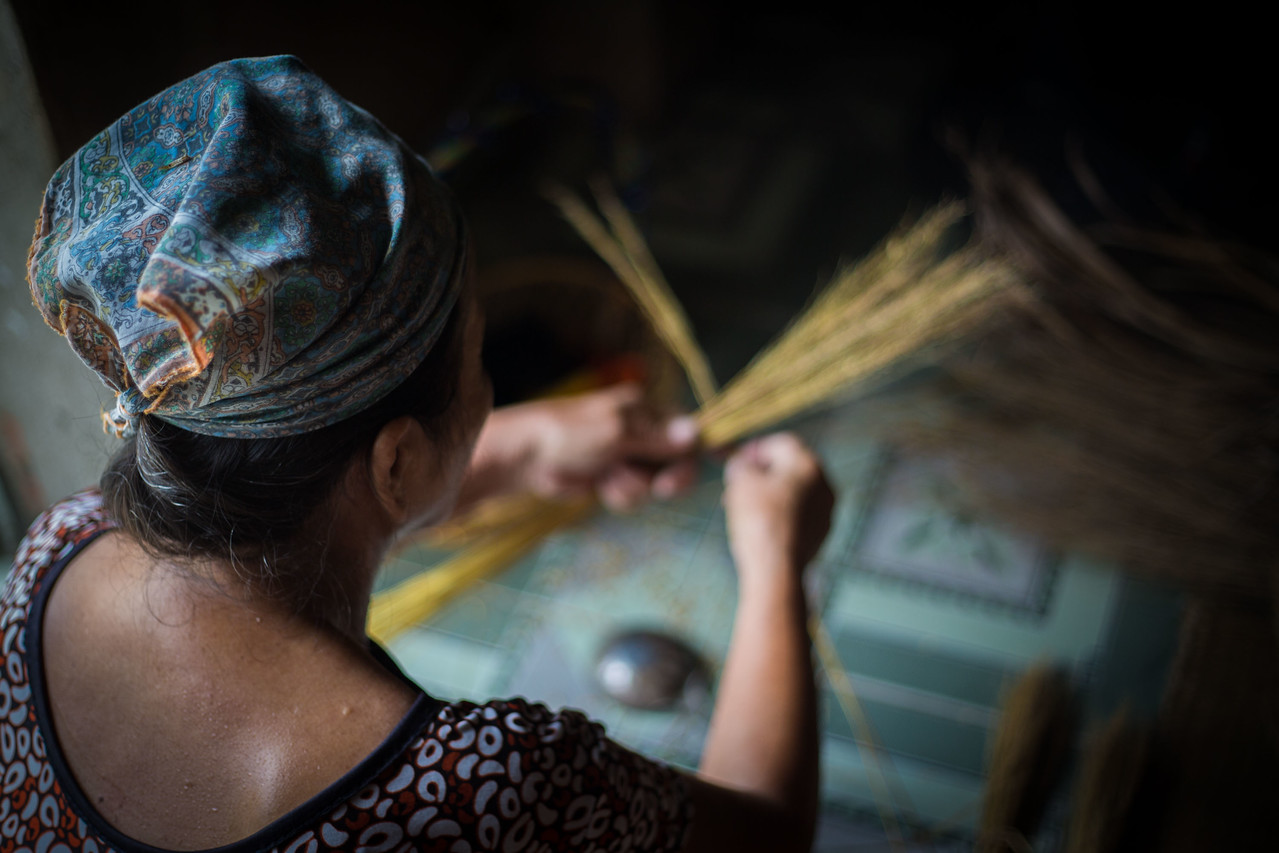 Homestay Vietnam basket weaver